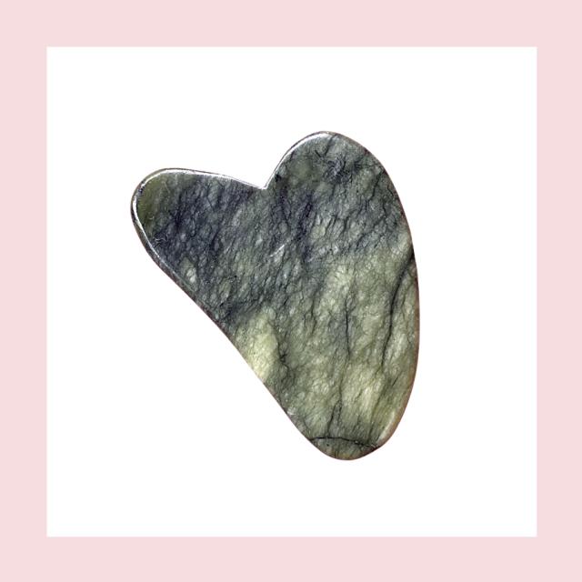 Kamień jadeitowy Gua Sha, zielony